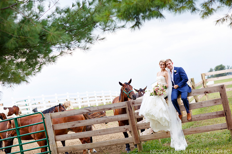 nicole-dixon-photographic-ohio-outdoor-farm-irongate-wedding-22